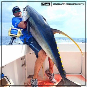 Daytime swordfishing on the booby trap